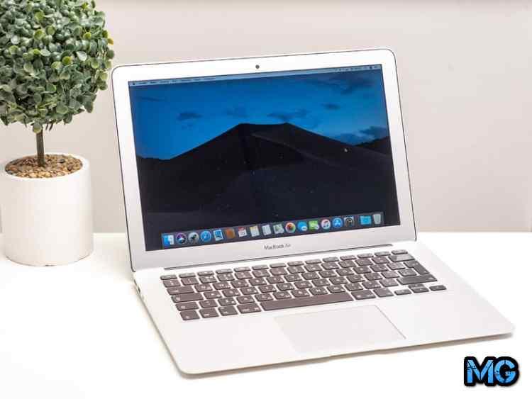 Apple MacBook Air 13 MQD32RU/A